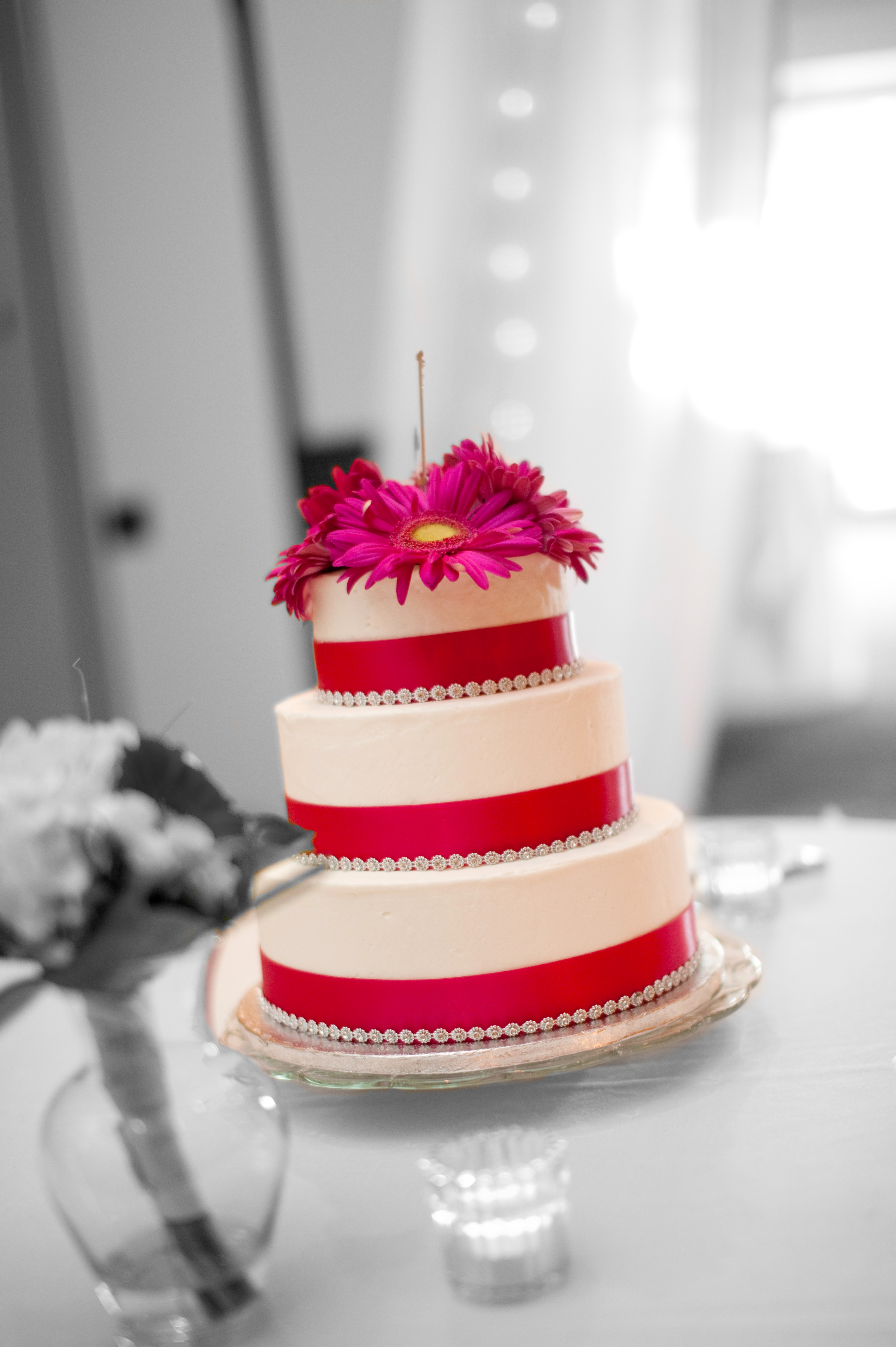 how to get the perfect wedding cake bellagala. Black Bedroom Furniture Sets. Home Design Ideas