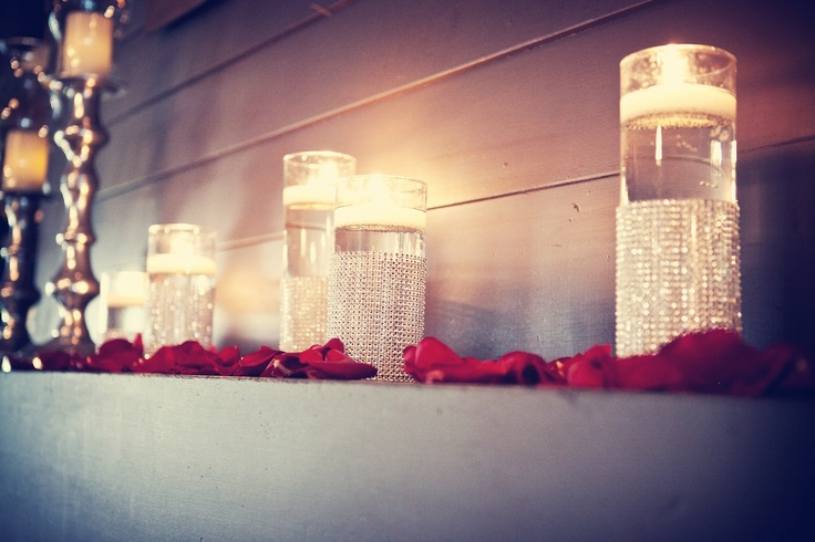 Love the detail on these floating candle vases? Make similar ones here.