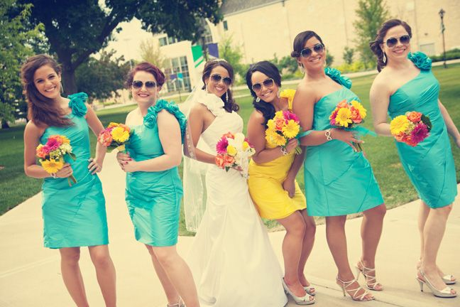 Love the different color for the maid of honor's dress.. very creative!